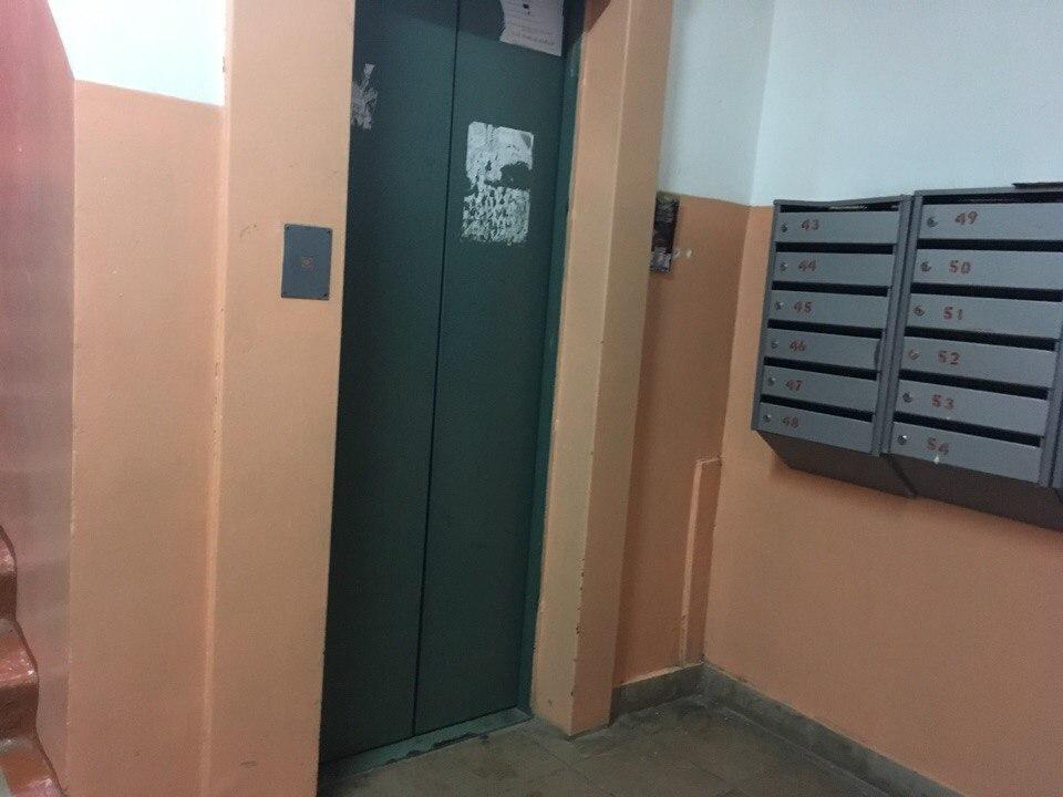 Массовых жалоб от сыктывкарцев на старые лифты в администрацию города не поступало
