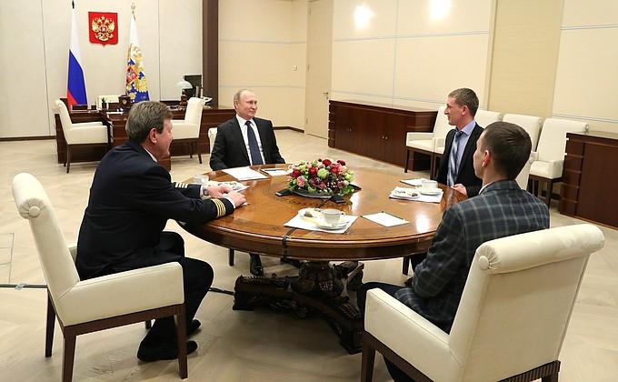 Владимир Путин встретился с участниками форума
