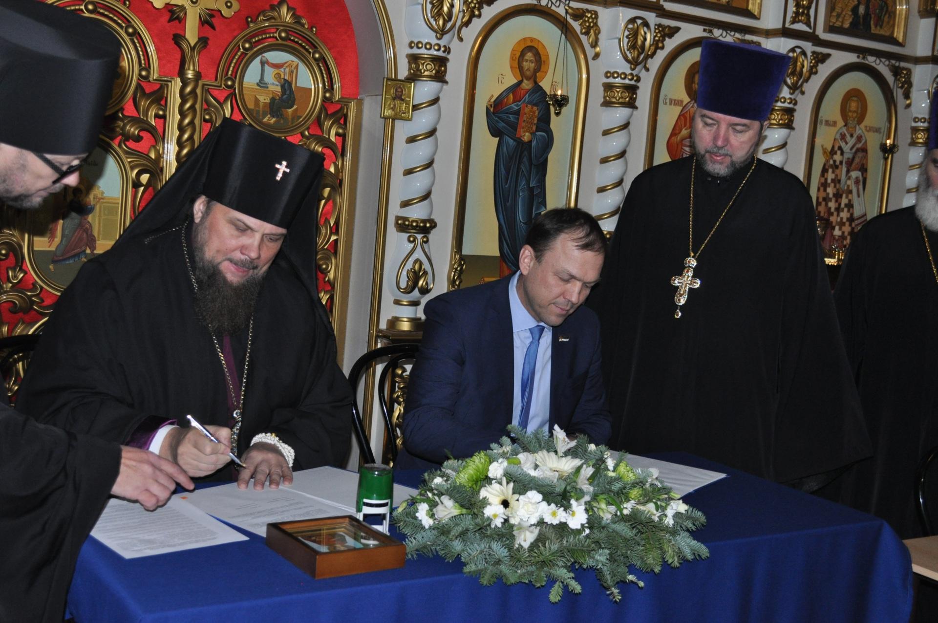 Минздрав Коми и церковь продолжат совместно решать задачи по охране здоровья