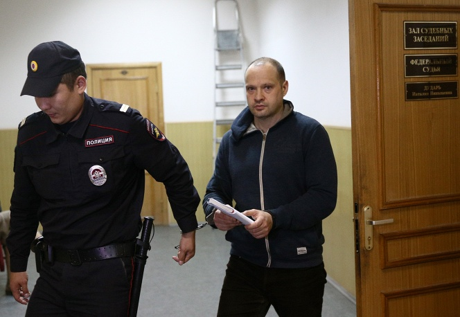 Алексей Чернов заявил, что Зенищев распространяет недостоверную информацию