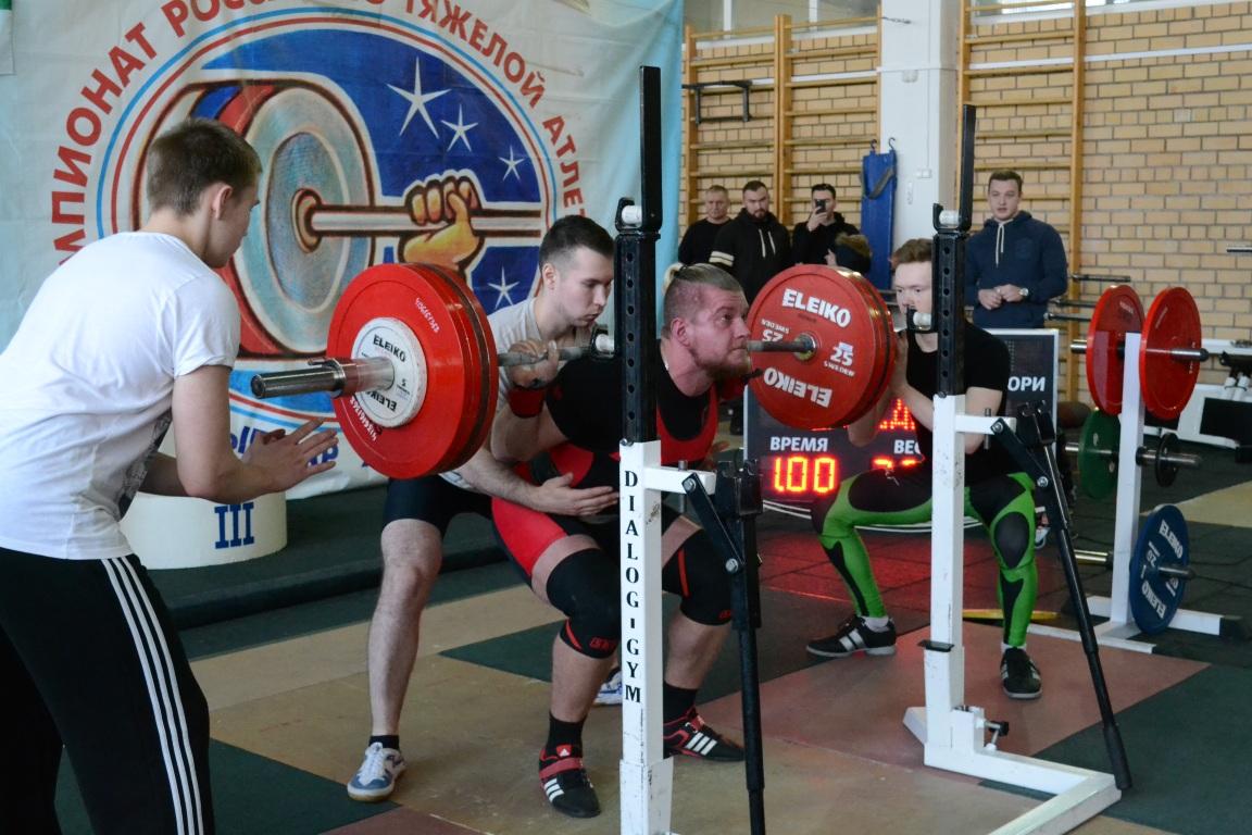 В Сыктывкаре определили победителей Чемпионата Коми по классическому пауэрлифтингу