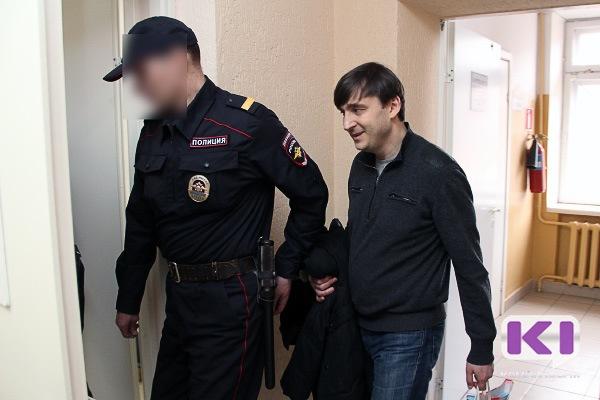 Константин Ромаданов не смог дать конкретных пояснений по делу Зенищева
