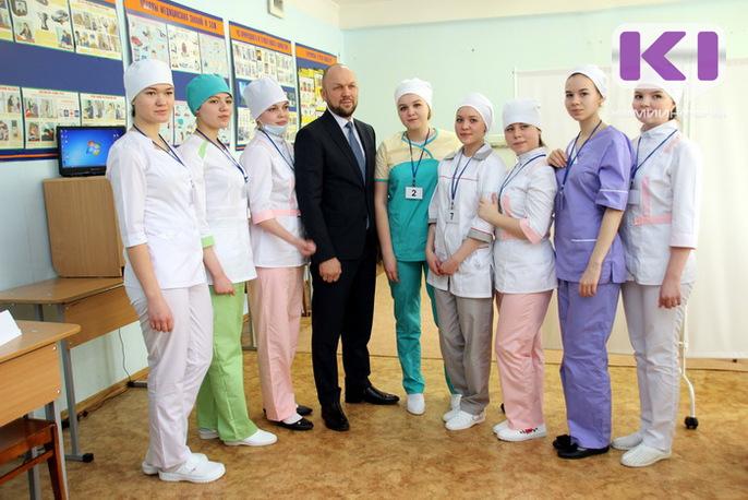 Будущие медсестры борются за звание лучшей в Коми