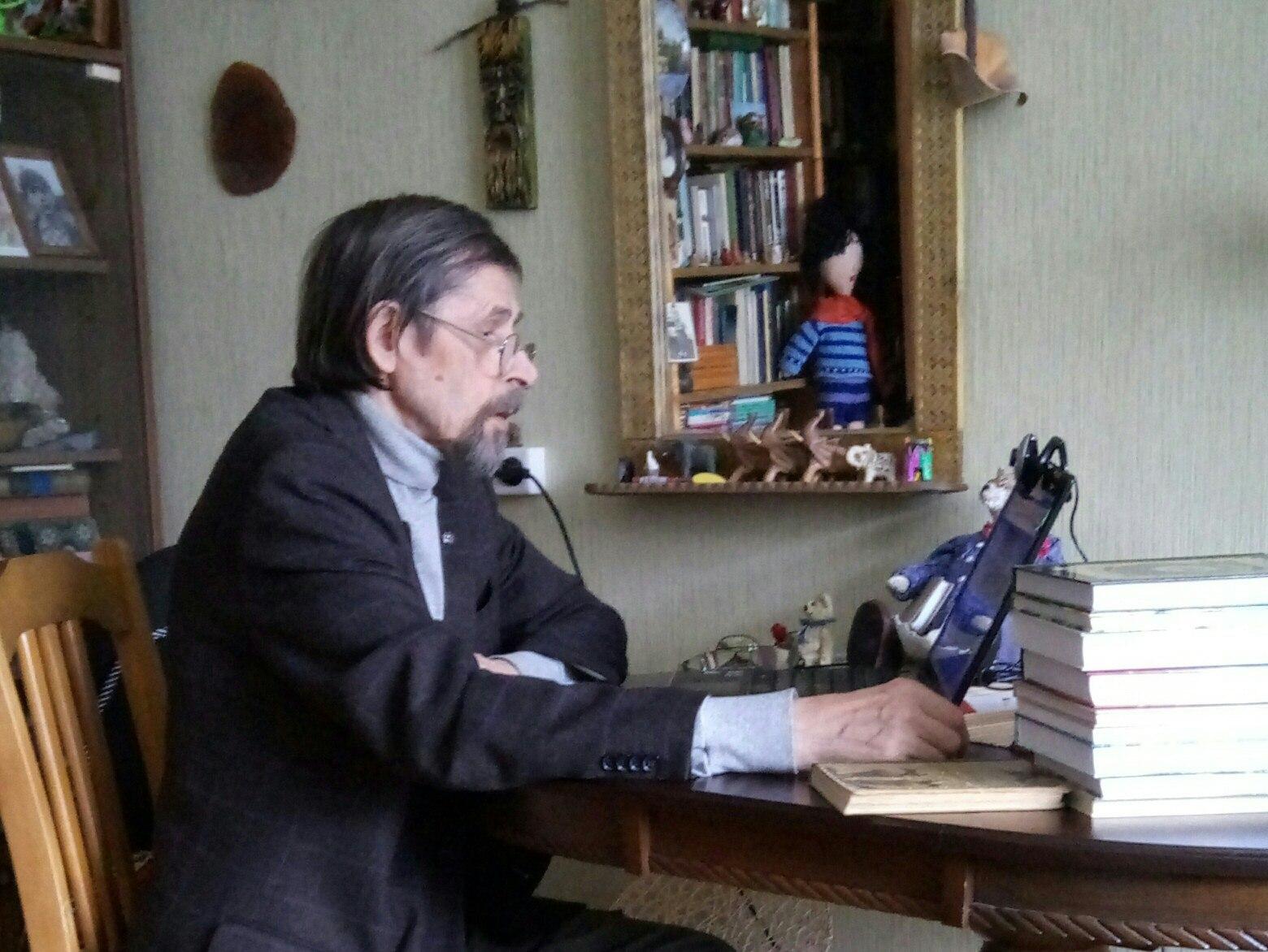 Писатель из Коми провел скайп-конференцию с читателями из Воронежа