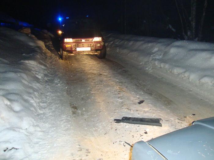 На дачной дороге в Сыктывкаре не поделили дорогу два водителя
