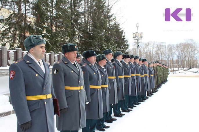 Руководитель Карачаево- Черкесии поздравил войска государственной гвардииРФ спрофессиональным днем