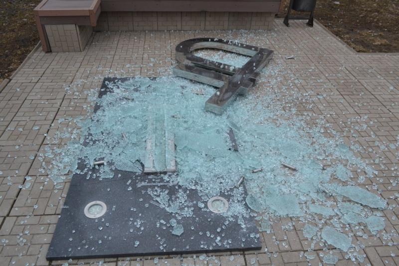 Схвачен подозреваемый вповреждении монумента рублю вСыктывкаре