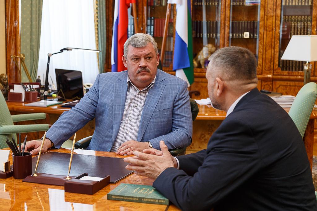 Glava_Knyazev_03.jpg