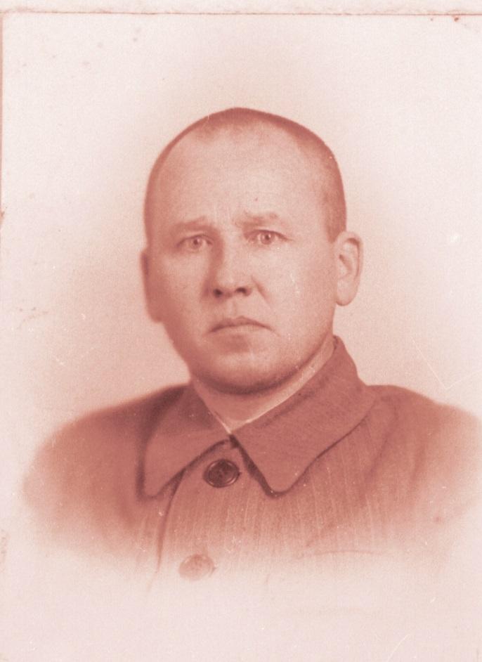 G.V.Vetoschkin-pred.-Verh.-Soveta-Komi-ASSR.-1938-1945gg.jpg