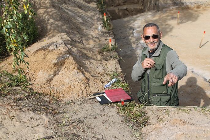 Na-snimke-Murygin-A.M.-v.n.s.-otdela-arheologii-IYaLI.JPG