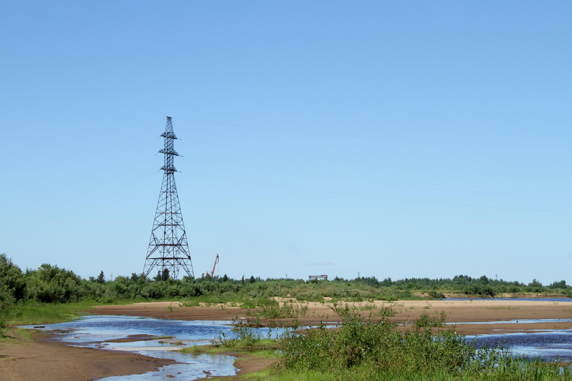 Perehod-VL-110-kV-cherez-reku-Sysola.JPG