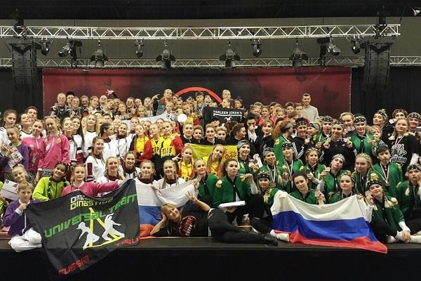1.-V-g.-Leiden-Niderlandy-proschel-chempionat-mira-po-hip-hopu-.jpg