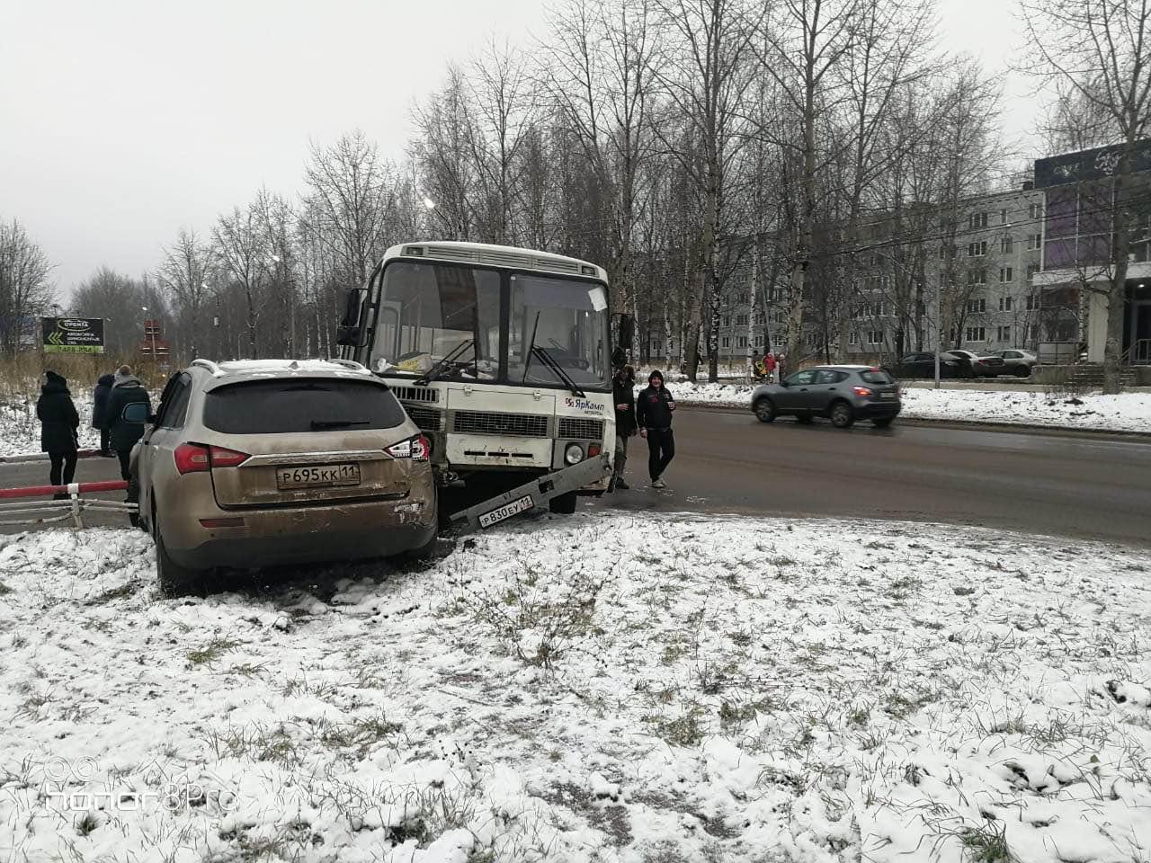 mesto-DTP-v-storonu-d.2-ul.Pechorskaya.jpg