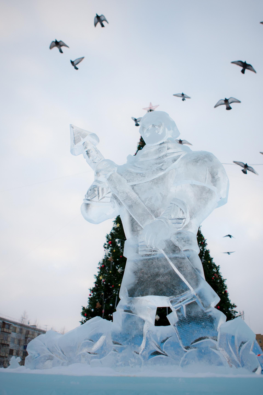 12_2018.12.19-Ledovyi-gorodok_Komsomolskaya-ploschad.jpg