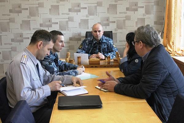 3.Predstaviteli-ONK-Respubliki-Komi-posetili-3-ispravitelnyh-uchreghdeniya-na-territorii-g.-Uhty.jpg