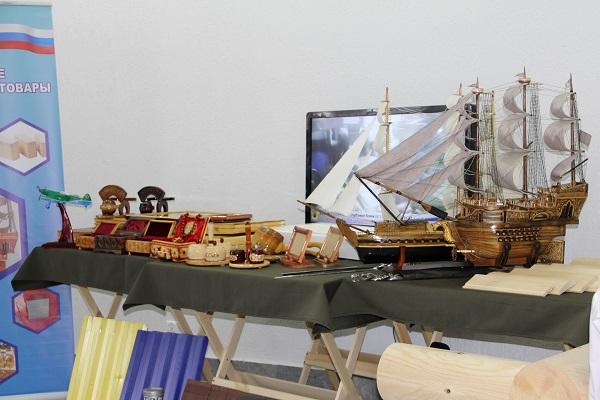 2.Gostyam-i-posetitelyam-vystavki-vypadet-unikalnaya-vozmoghnost-poznakomitsya-s-schirokim-assortimentom-tovarov.jpg