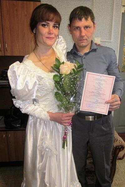 1.-14-avgusta-v-IK-31-byla-zaregistrirovana-pervaya-v-etom-godu-suprugheskaya-para.jpg