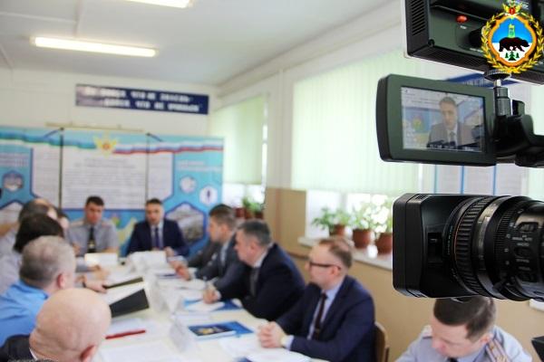 7.V-IK-1--sostoyalos-vyezdnoe-soveschanie-rukovodstva-UFSIN-i-predstavitelei-Pravitelstva-regiona.jpg