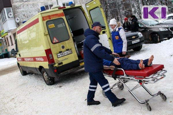 В Ухте автобус сбил женщину