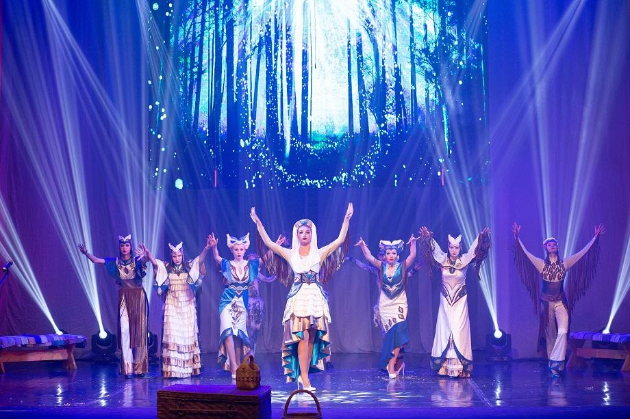 Teatr-mod_2-min.jpg
