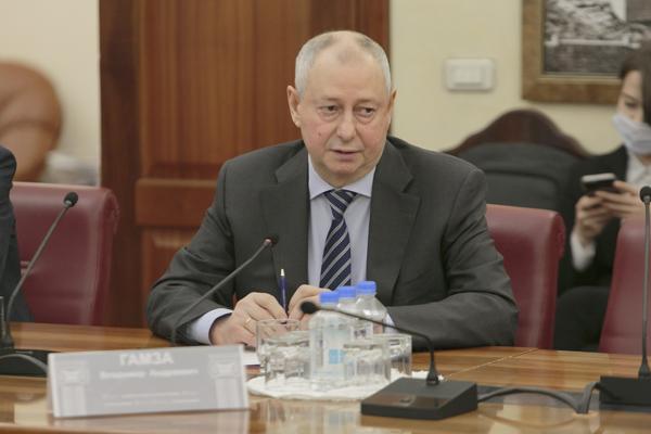 predsedatel-Soveta-TPP-RF-po-finansovo-promyschlennoi-i-investizionnoi-politike-Vladimir-Gamza.jpg