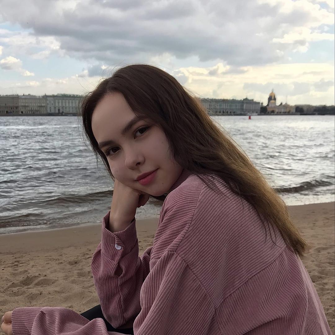 Anastasiya-Batruh.jpg