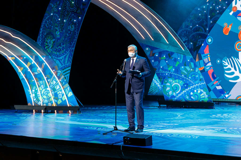 glava_moskva_bolshoy_teatr_10_jpg_2021-06-01_10-04-00_optimize.jpeg